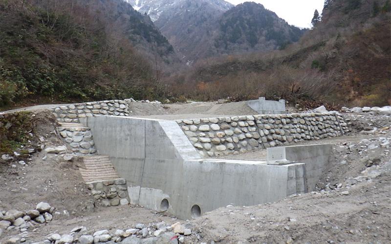 ブナクラ谷復旧地山工事